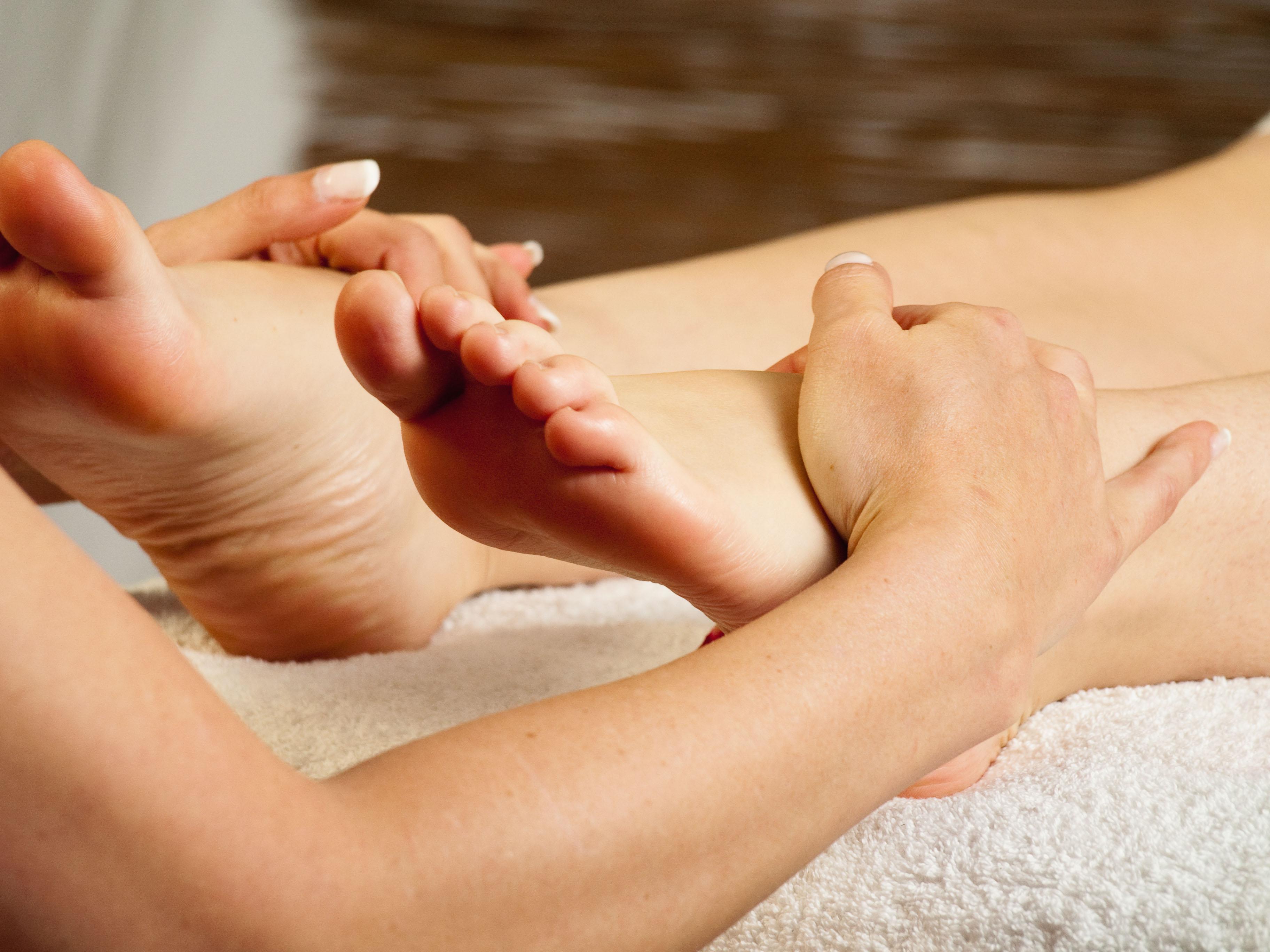 Romanian escort agency bilder tantra massage