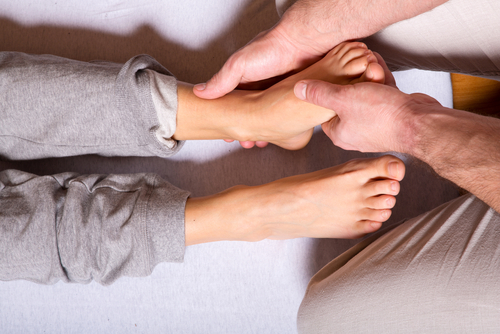 How To Do Foot Massage At Home