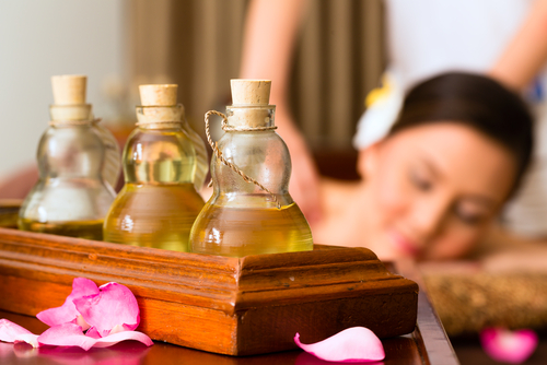 What Are The Health Benefits Of Oil Massage?